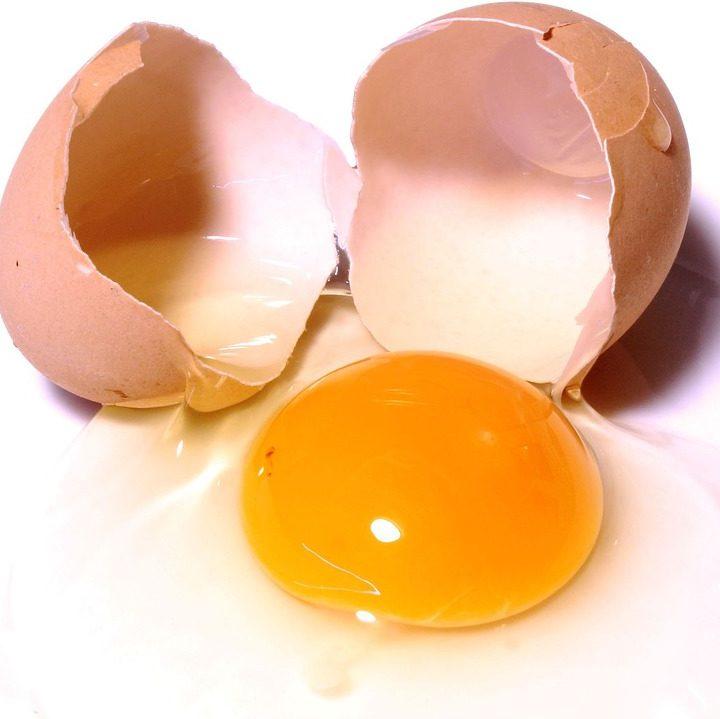 Így segít a tojás megállítani a hajhullást és megnöveszteni a hajadat!